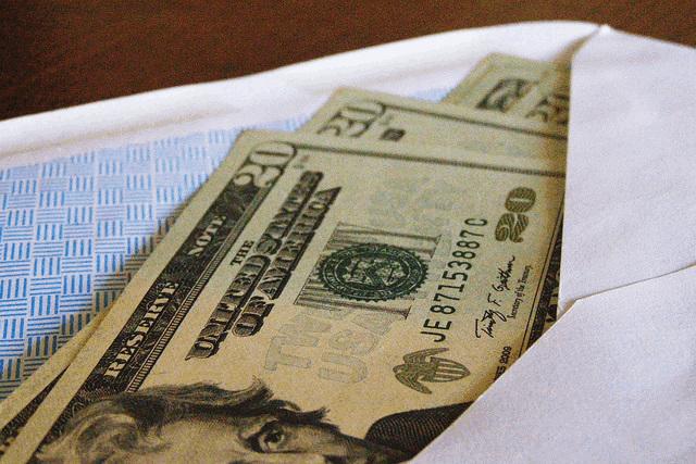 jootraha ja altkäemaks käivad käsikäes